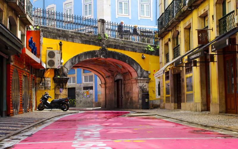 Pink Street Sehenswürdigkeit in Lissabon