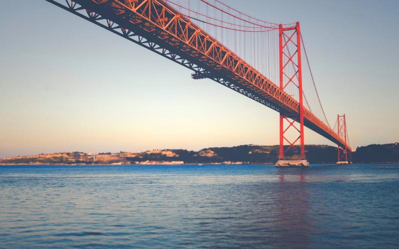 Die Ponte 25 de Abril in Lissabon